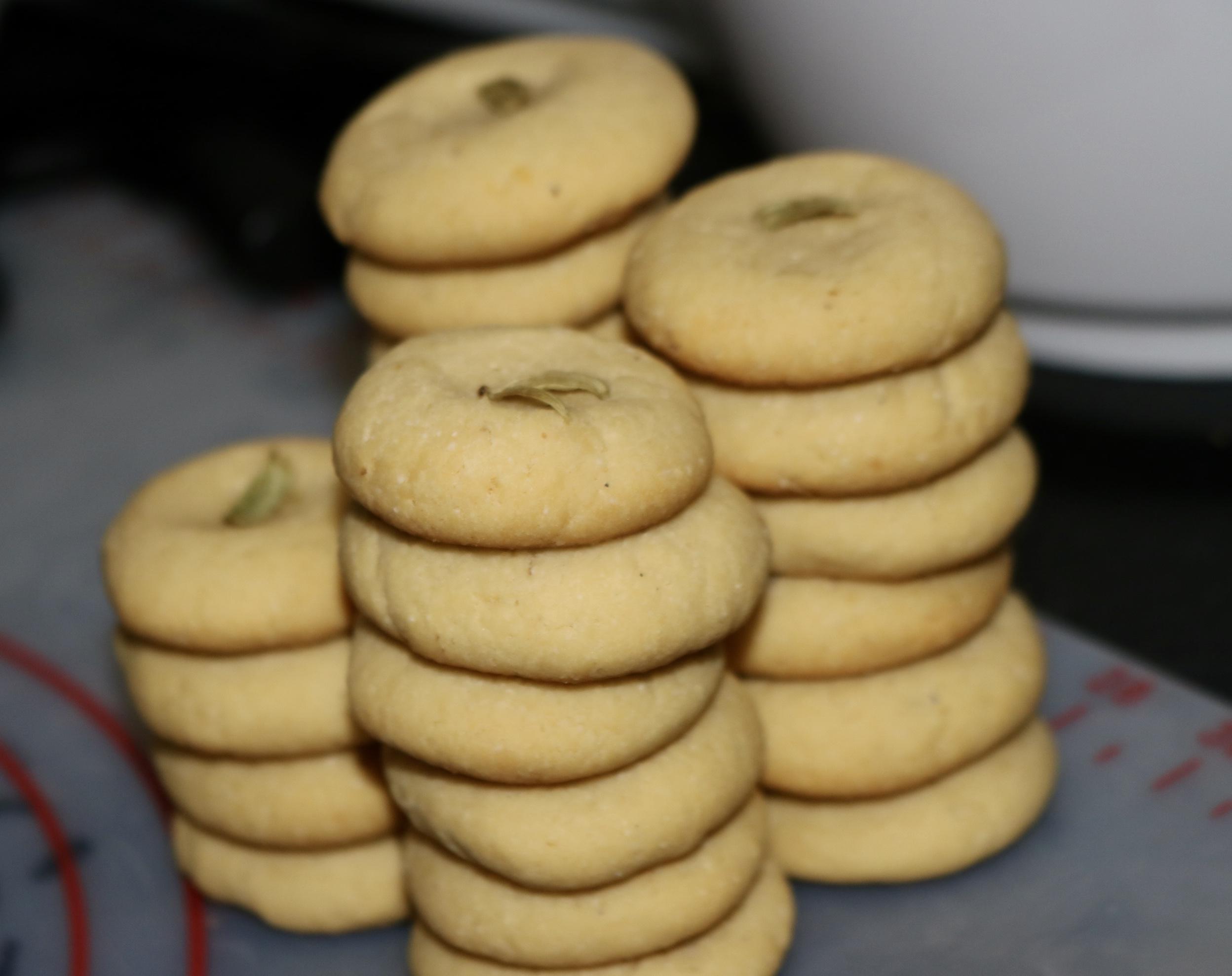 Cardamom and Nutmeg Cookies